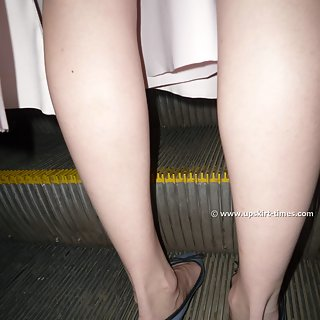 Upskirt Set #3373