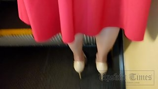 Ut_3355# Slender girl in a long red skirt. Our operator prepared for a long time and finally managed